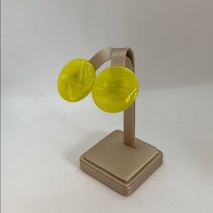 Vintage lucite clip on earrings - yellow swirls